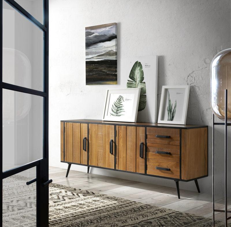 Ambiente aparador Agra de madera con estructura metálica color negro, 3 puertas y 3 cajones